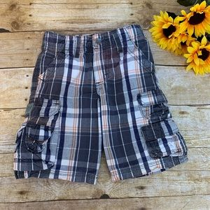 Boys plaid shorts by Lee. Deluxe 4